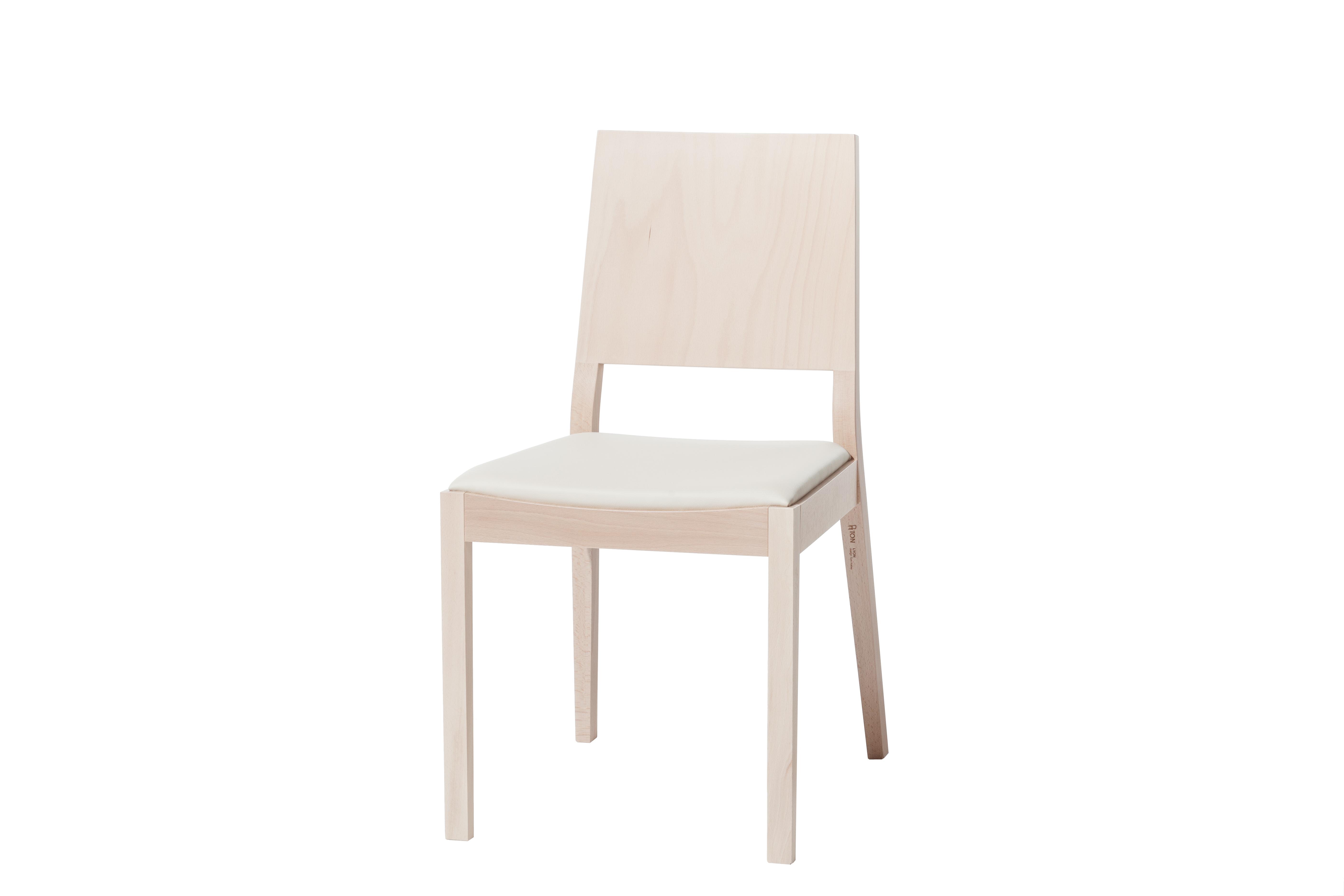 Scaun tapitat din lemn de fag Lyon Natural 514