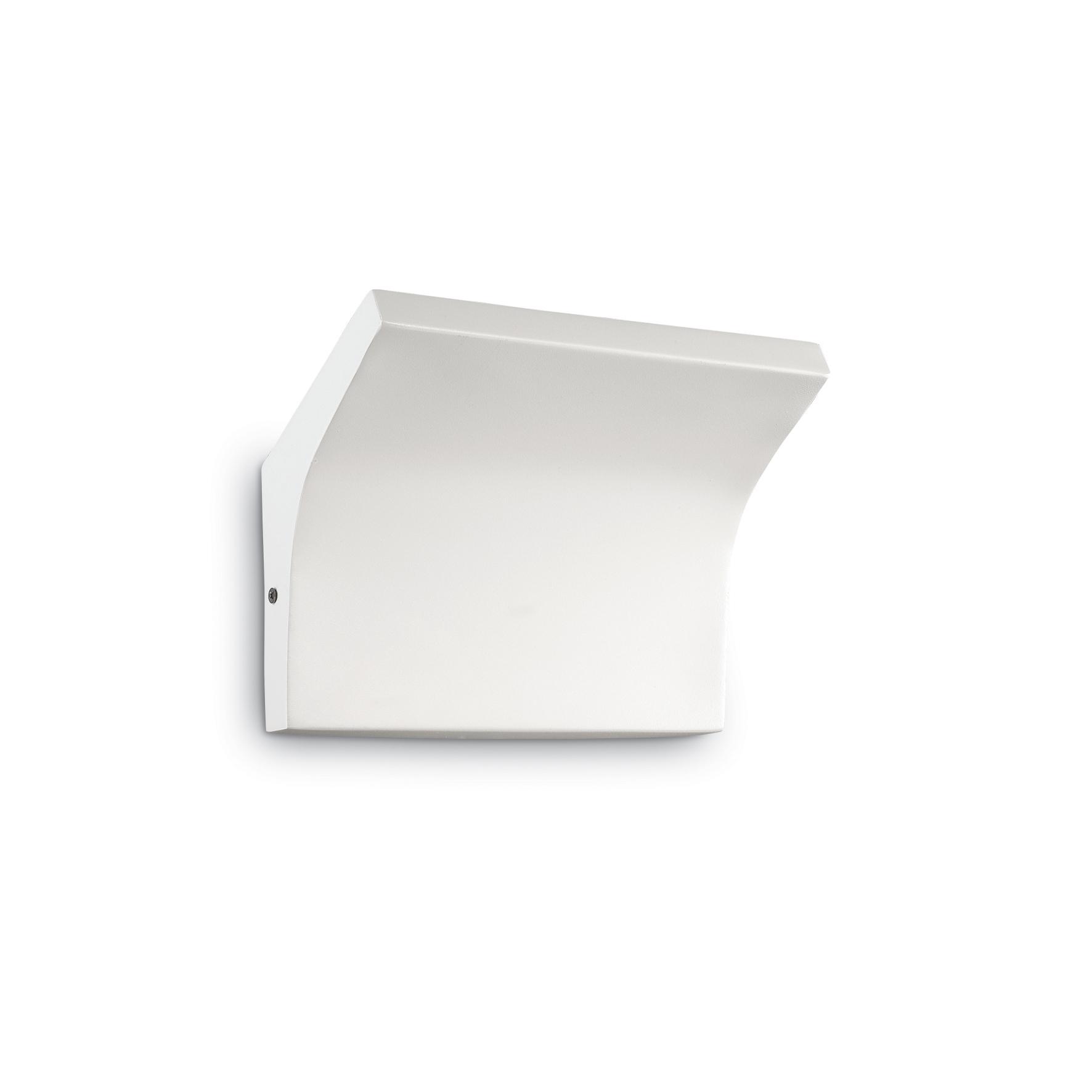 Aplica Commodore AP2 White