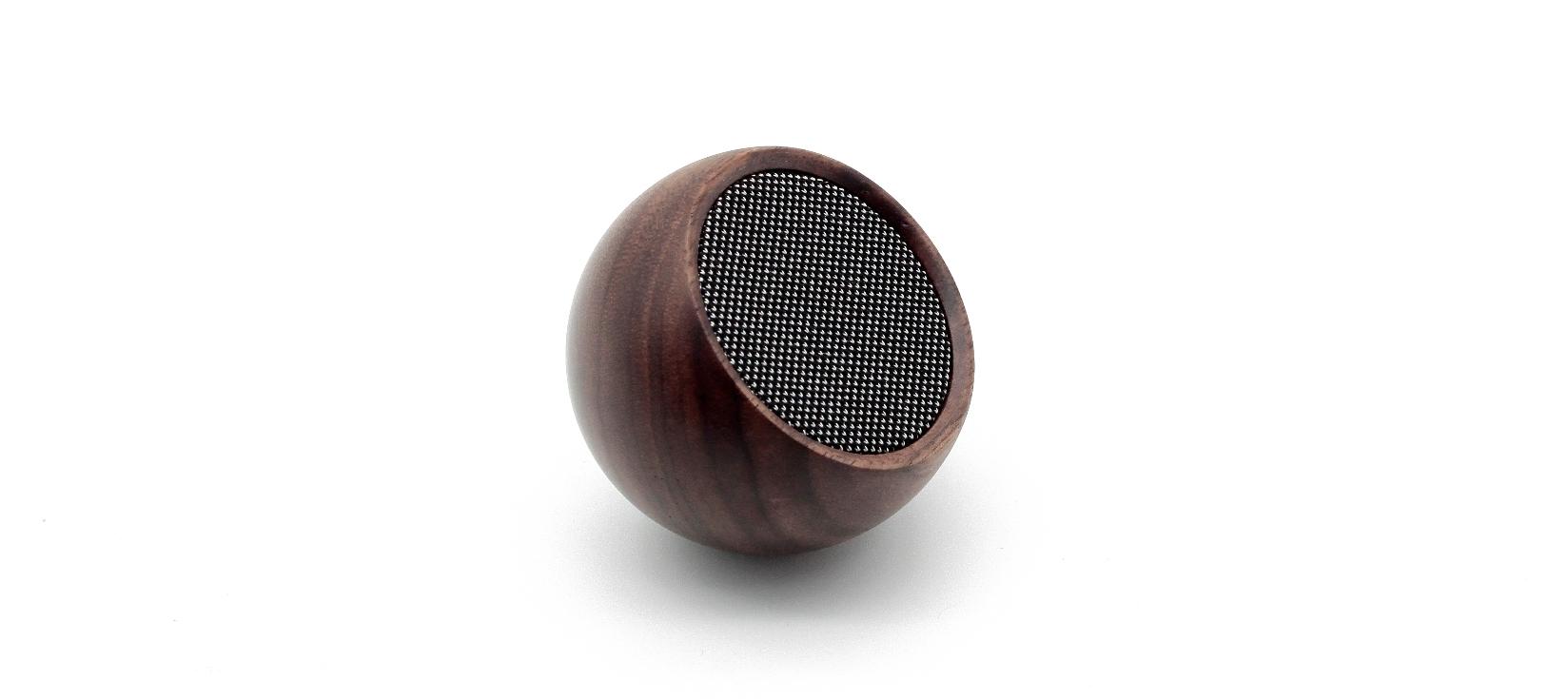 Boxa Bluetooth portabila cu functie Selfie Tumbler Walnut