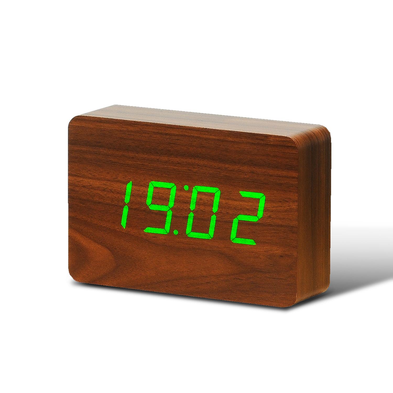 Ceas cu functie de intensitate redusa Brick Click Clock Walnut/Green