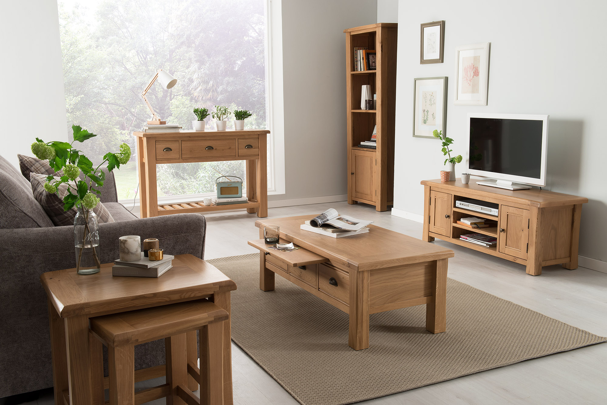 Masa de cafea din lemn de stejar si furnir cu 3 sertare Breeze Oak L115xl55xh42cm