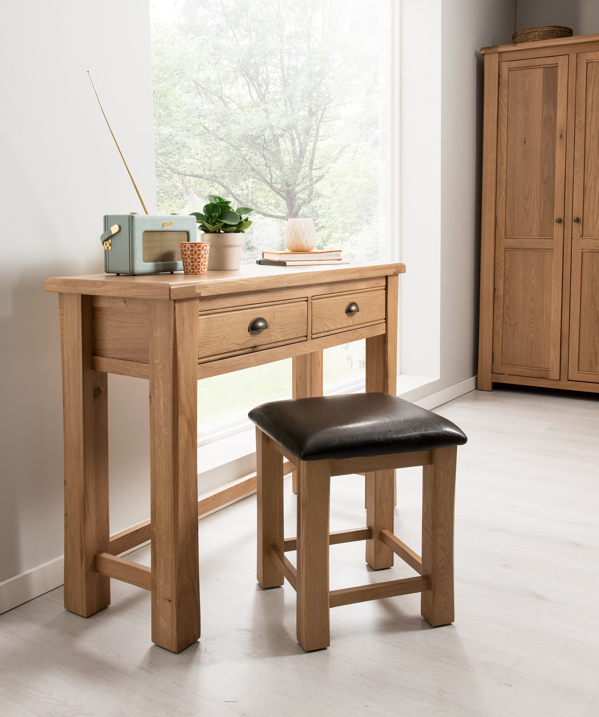 Set masuta si scaun din lemn de stejar Breeze