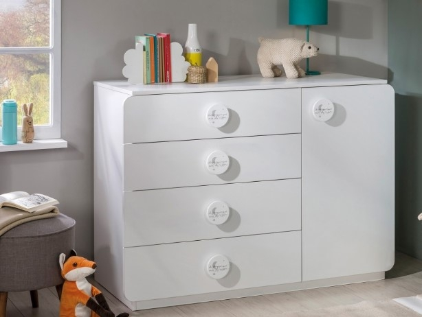 Comoda din pal cu 4 sertare si 1 usa pentru bebe Baby Cotton White l125xA56xH89 cm