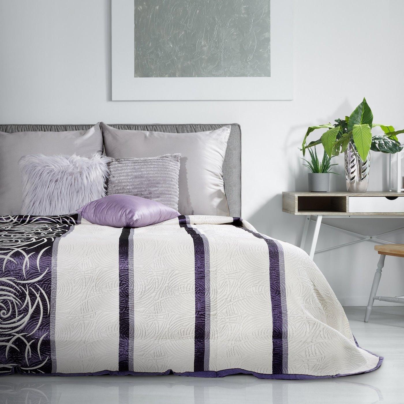 Cuvertura reversibila Sue Crem / Violet, 170 x 210 cm
