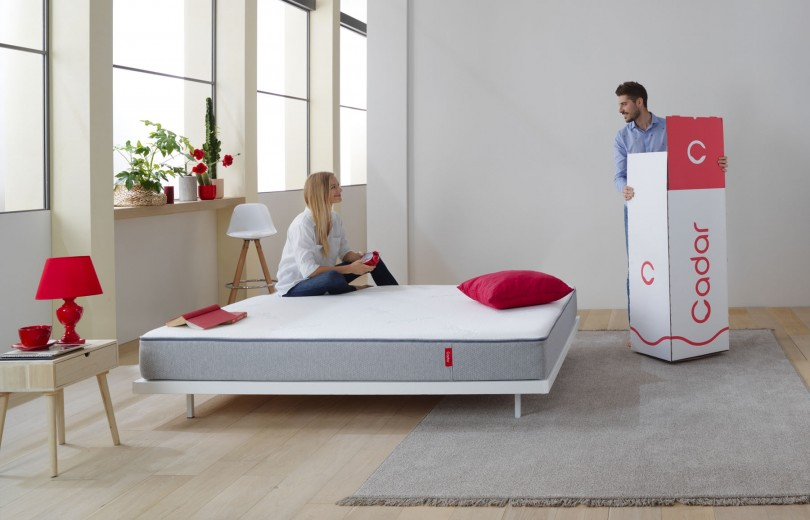 Saltea Cadar - The Mattress - 20 cm spuma HR + Graphite Memory + Perne Bonus