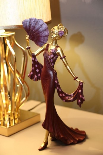 Decoratiune din rasina Woman Venice Fan Violet / Auriu, l17,5xA13xH34 cm