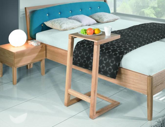 Masa servire pat din lemn de stejar Mary, L42xl44,5xh80 cm