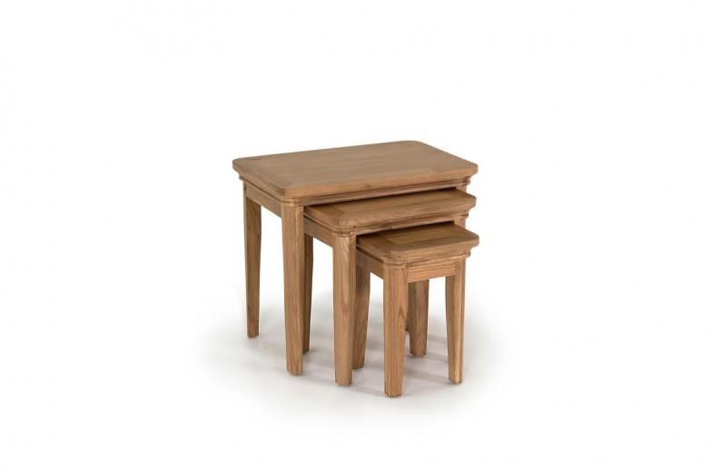 Set 3 mese din lemn de stejar si furnir Carmen Oak, L57,5xl30xH50 / L42xl34xH44,3 / L27xl29xH38,6 cm