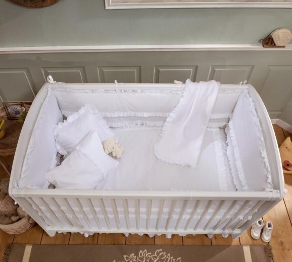 Set lenjerie pentru patut bebe 9 piese Baby White, 70 x 130 cm
