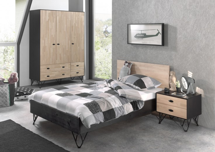 Set Mobila dormitor din lemn de pin si mesteacan, pentru tineret 3 piese William XL Natural / Negru, 200 x 120 cm