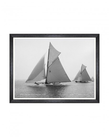 Tablou Framed Art America's Cup - Wasp And Queen Mab 1897, 80 x 60 cm