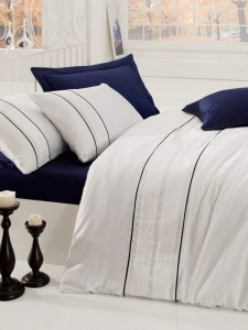 Lenjerie de pat din bumbac Satinat Alone Bleumarin / Alb, 200 x 220 cm
