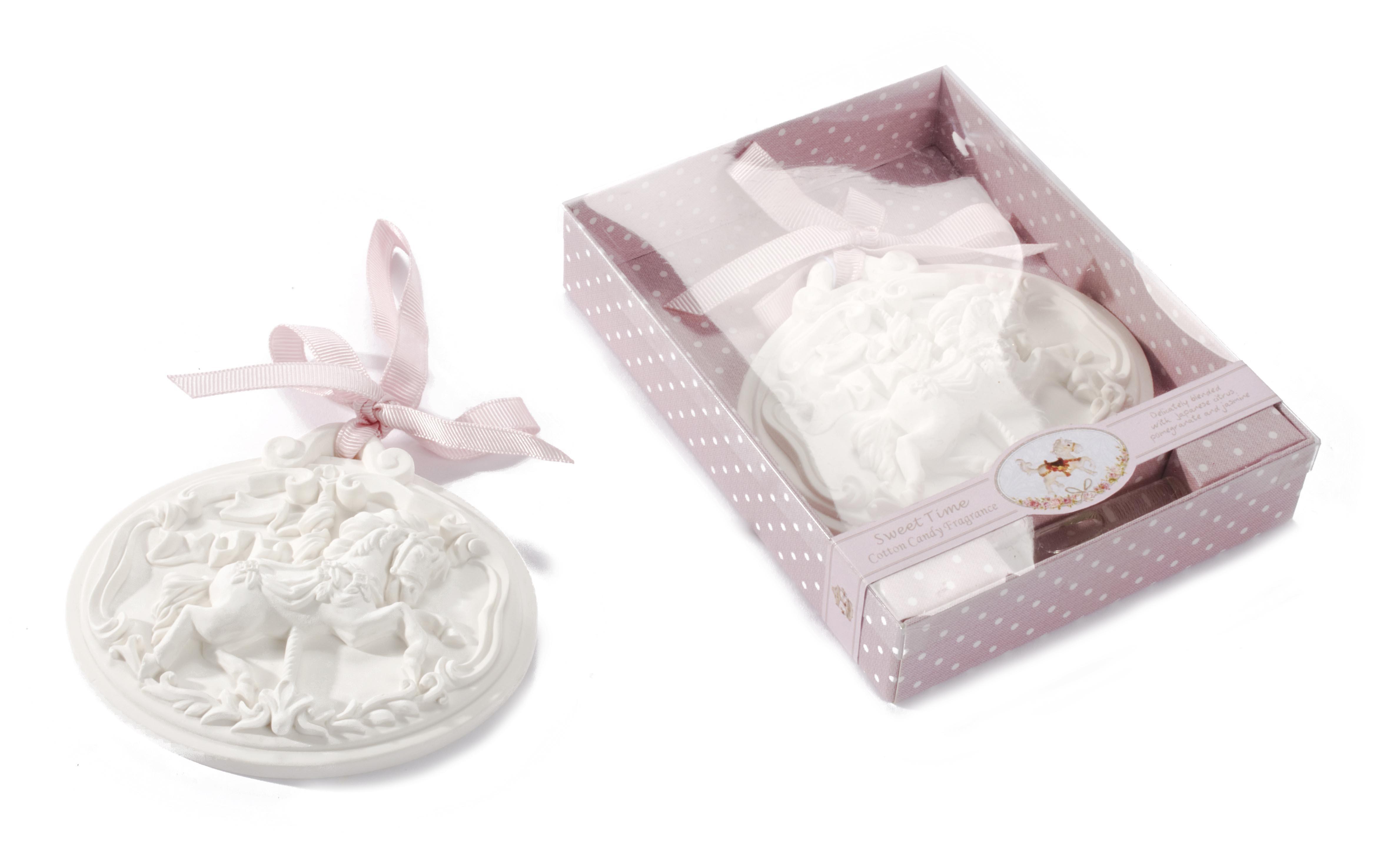 Decoratiune aromaterapie in cutie cadou, Fairy Tale Alb, l11,3xA2,8xH15 cm