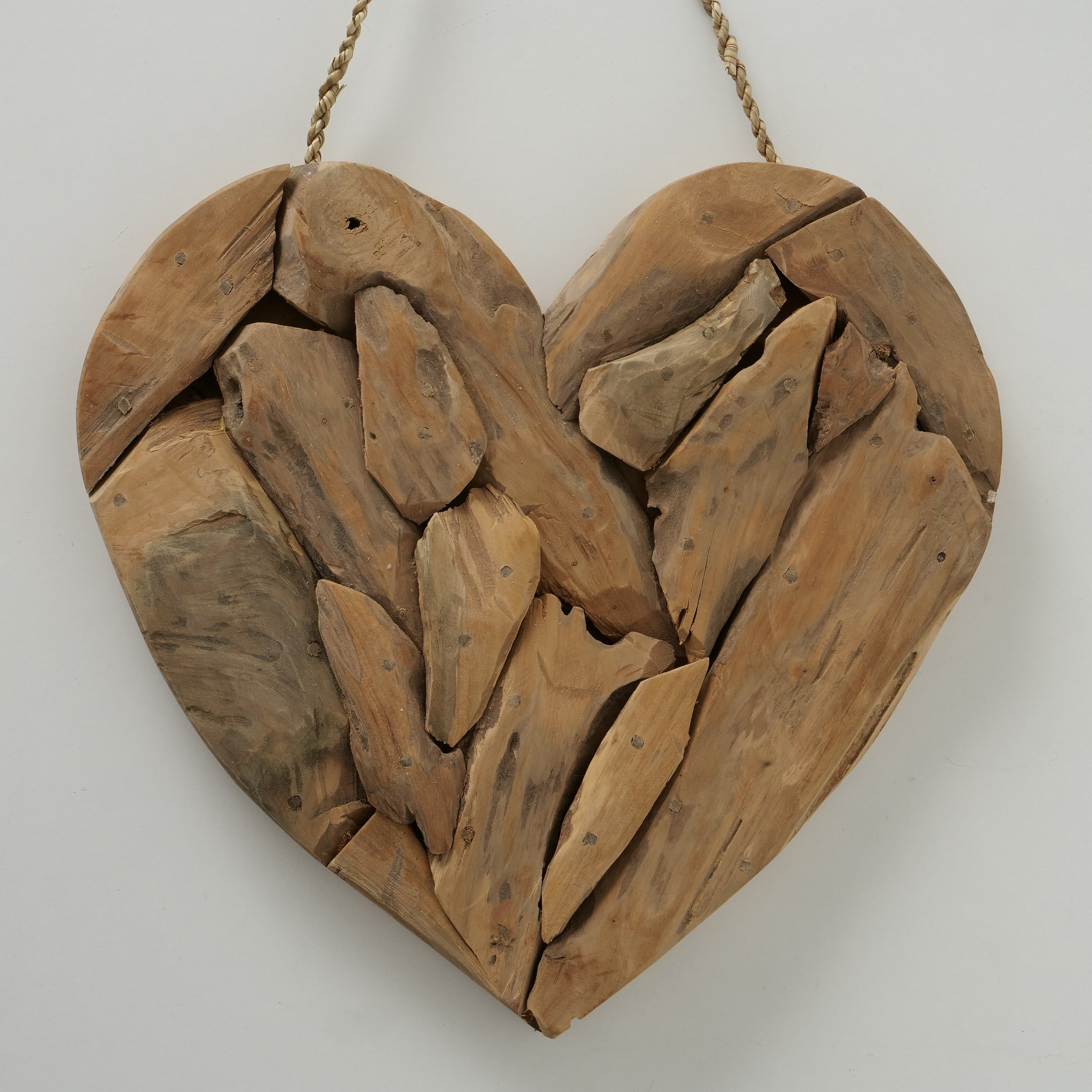 Decoratiune din lemn de tec Amelia Heart Natural, L38xl3xH36 cm