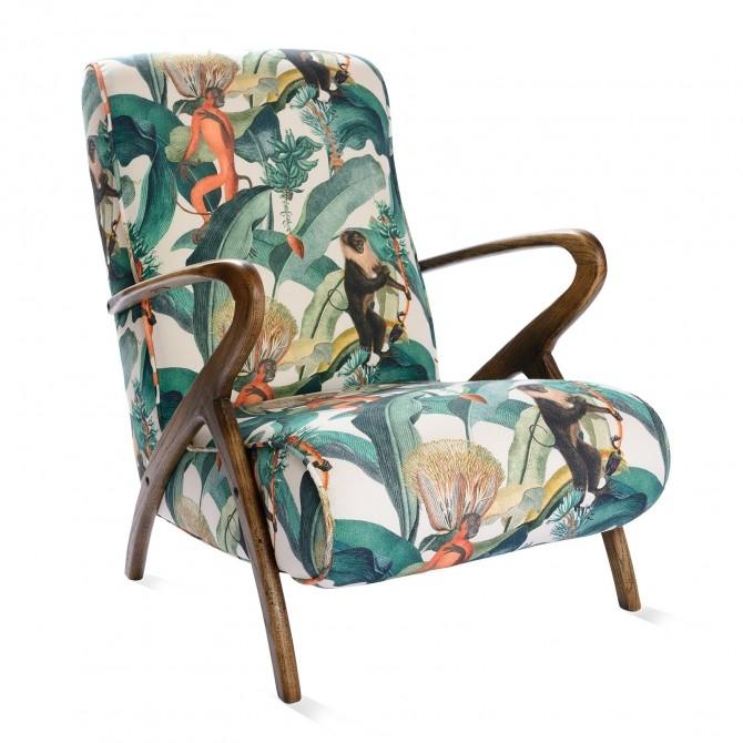 Fotoliu fix tapitat cu stofa, cu picioare din lemn Bermuda Multicolour, l66,5xA85xH82 cm