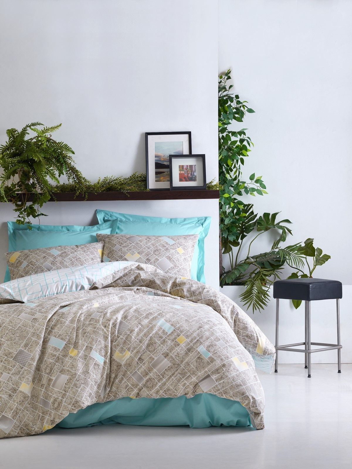 Lenjerie de pat din bumbac Ranforce, Dotted Turcoaz / Bej, 200 x 220 cm somproduct.ro
