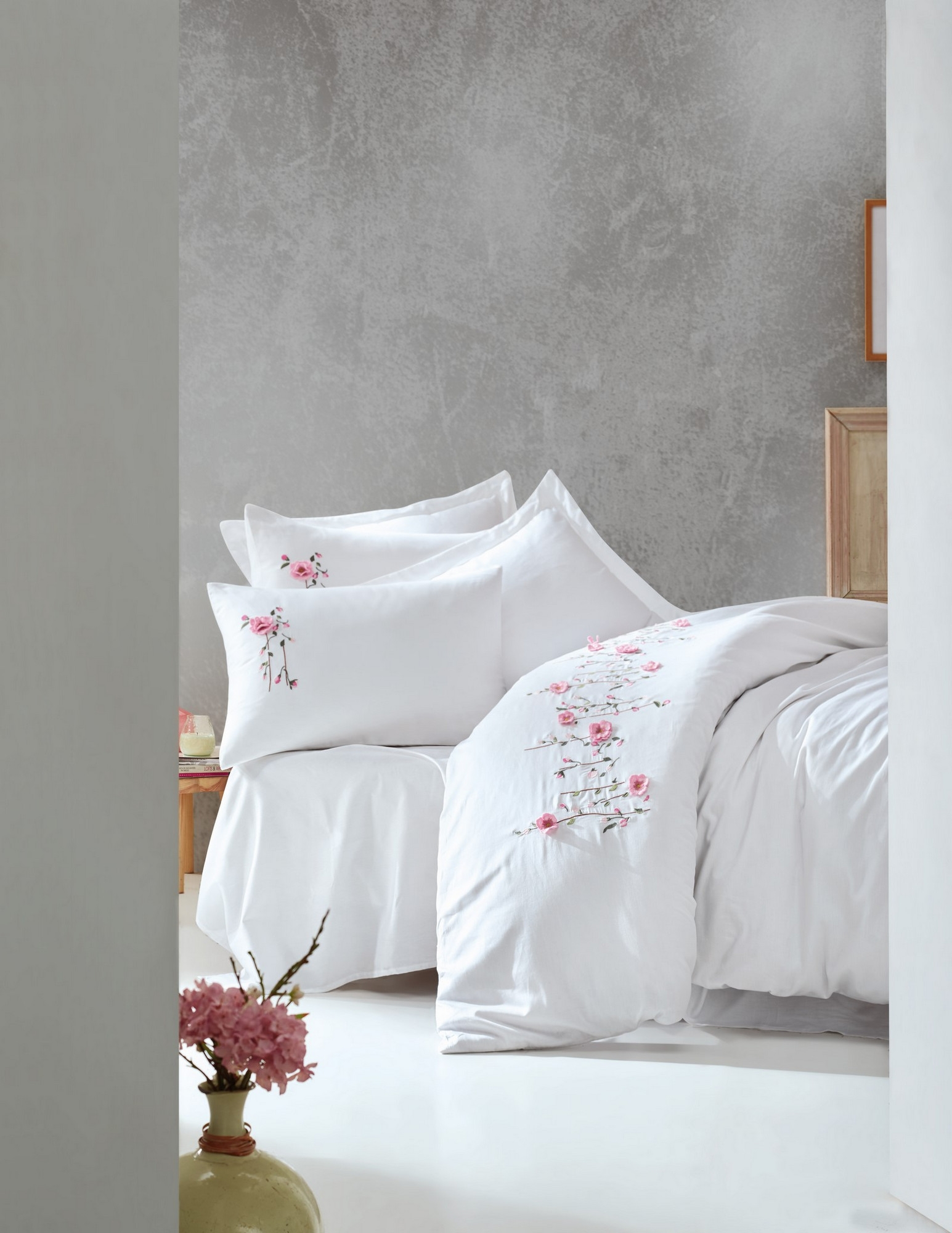 Lenjerie de pat din bumbac Satinat Premium Perla Alb / Roz, 200 x 220 cm