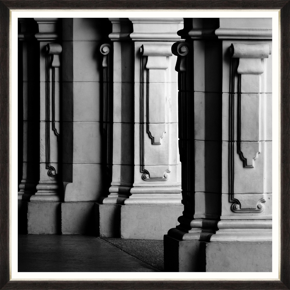 Tablou Framed Art Massive Colonnade I