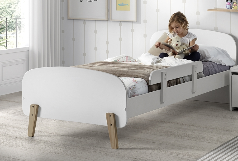 Pat din lemn de pin si MDF cu protectie, pentru copii Kiddy Alb, 200 x 90 cm somproduct.ro