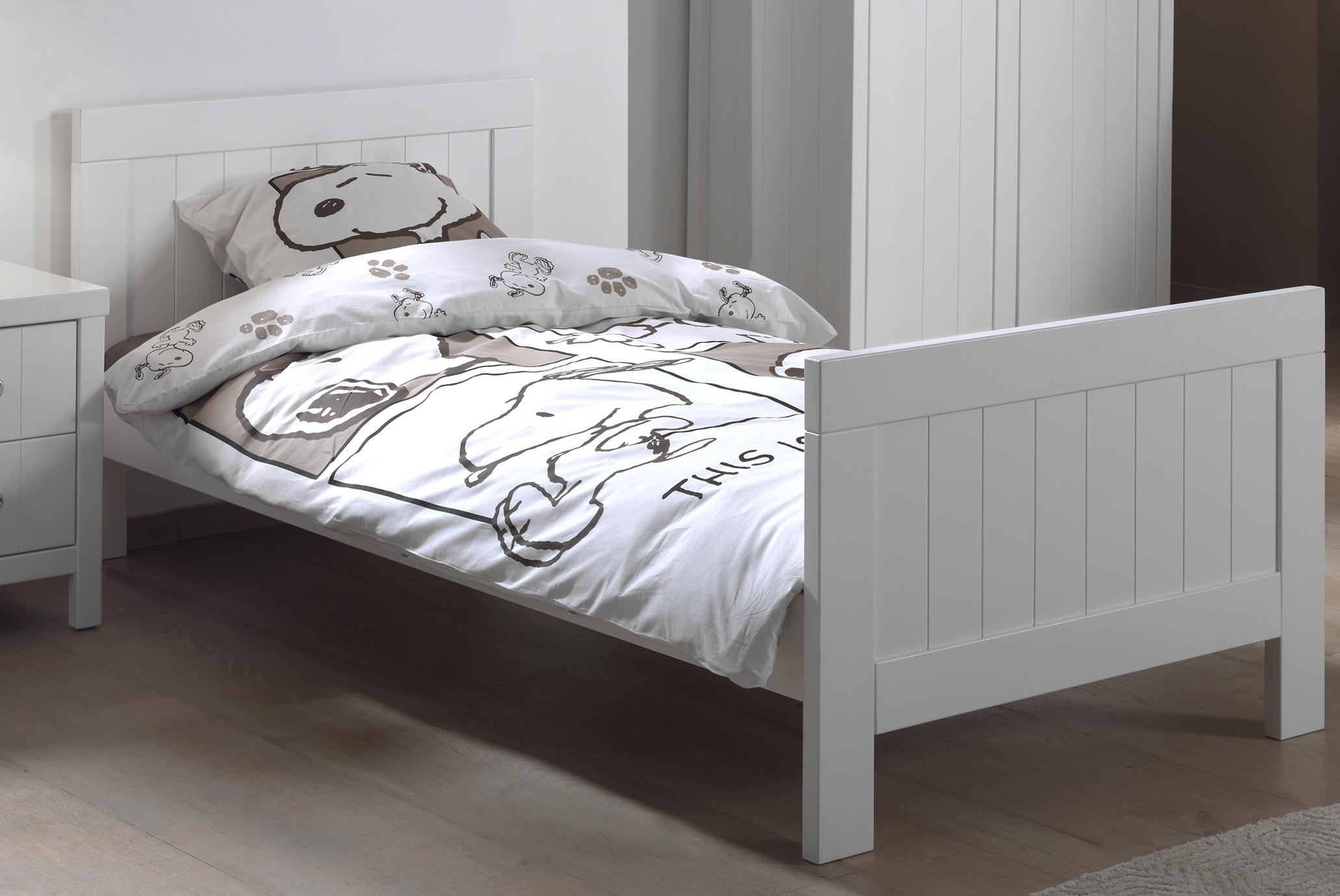 Pat din lemn de pin si MDF pentru copii Lewis Alb, 200 x 90 cm