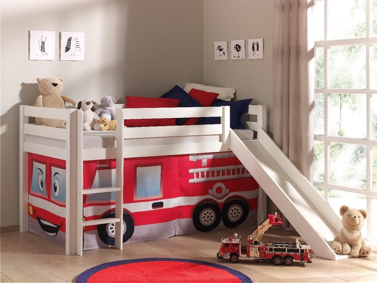 Pat etajat din lemn de pin, cu tobogan pentru copii Pino Fire Rescue Alb, 200 x 90 cm