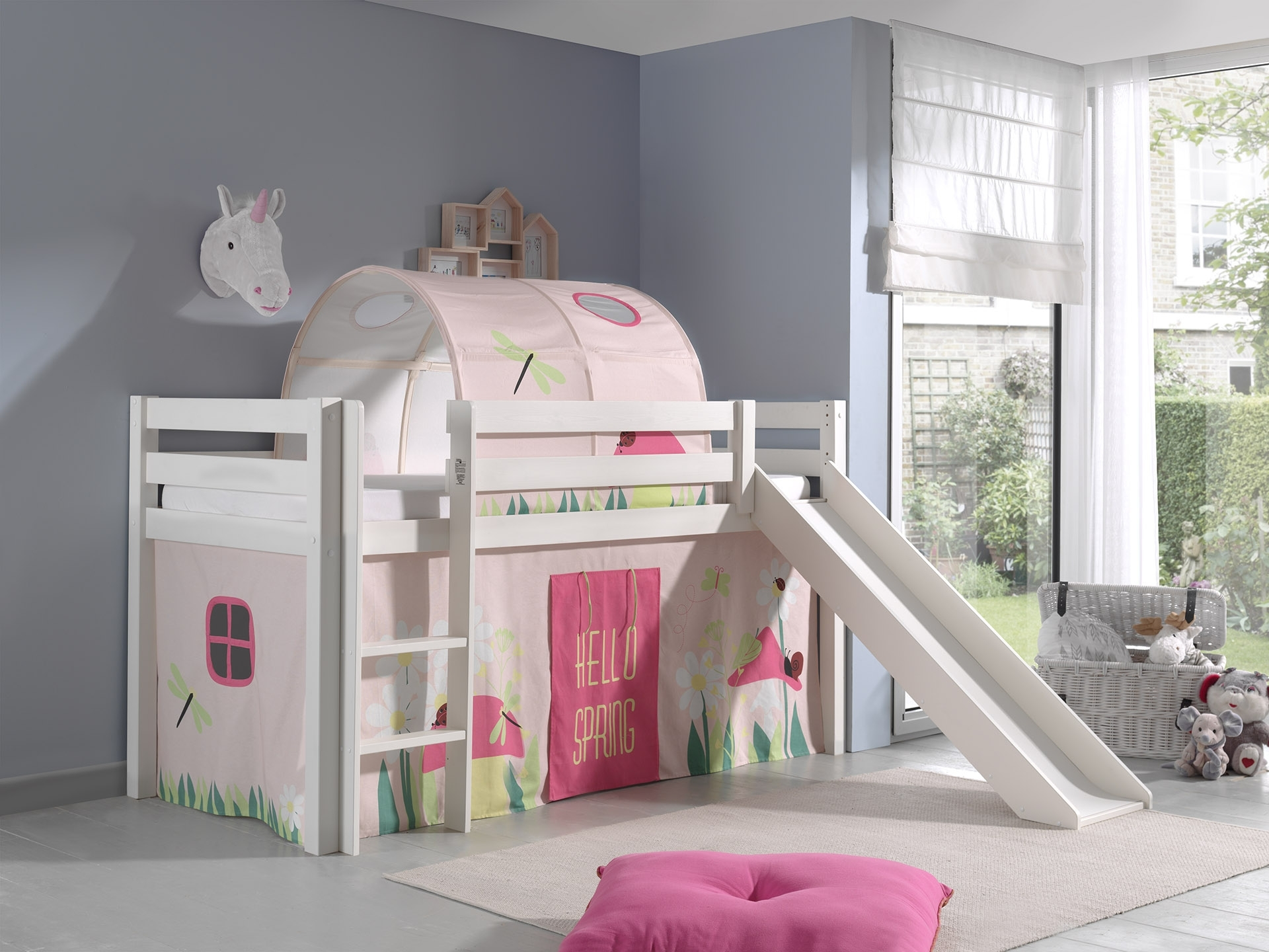 Pat etajat din lemn de pin, cu tunel si tobogan pentru copii Pino Spring Alb, 200 x 90 cm