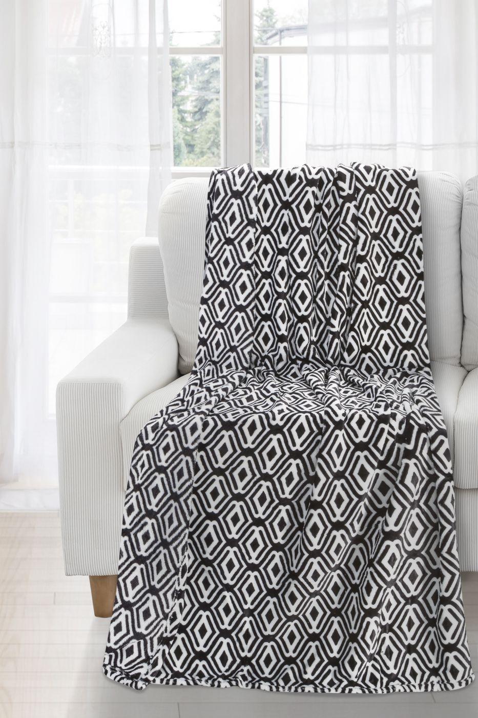 Patura Mary White / Black 150 x 200 cm