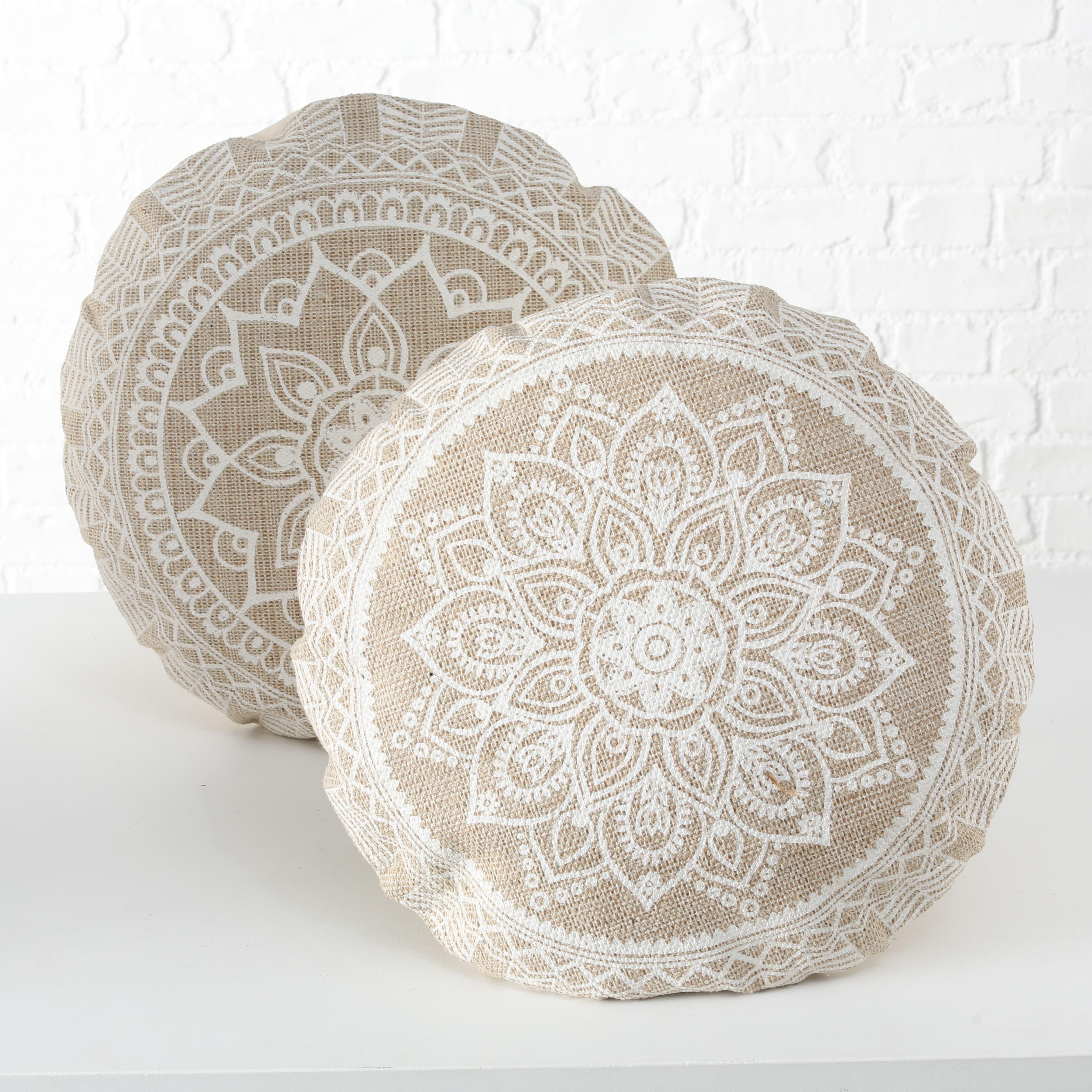 Perna de sezut decorativa din bumbac Mandala Bej / Alb, Modele Asortate, Ø56xH4 cm imagine