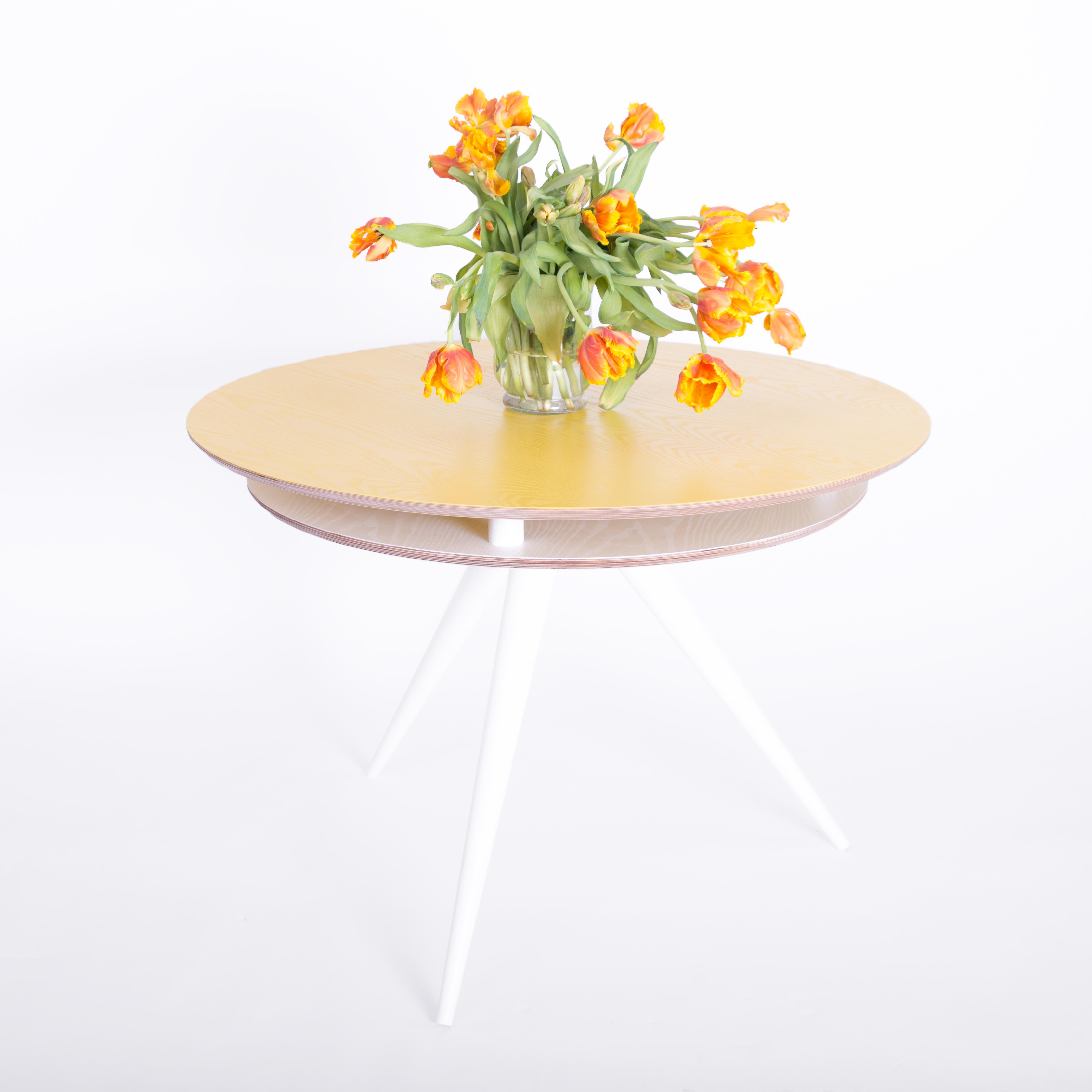 Masa Triad White/Yellow, Ø105xh75 cm