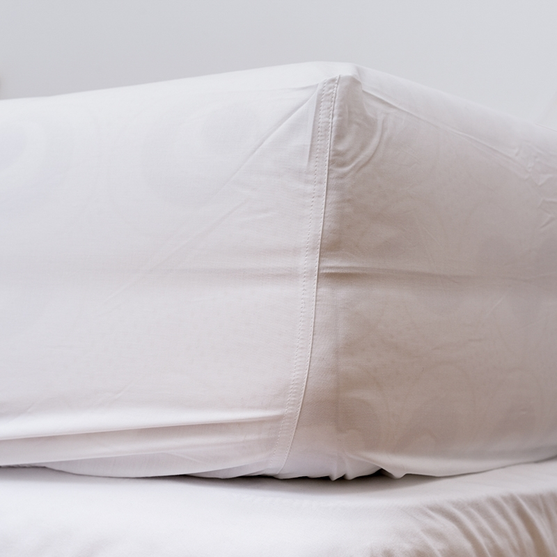 Cearceaf pentru saltea cu elastic White-200 x 140 cm imagine