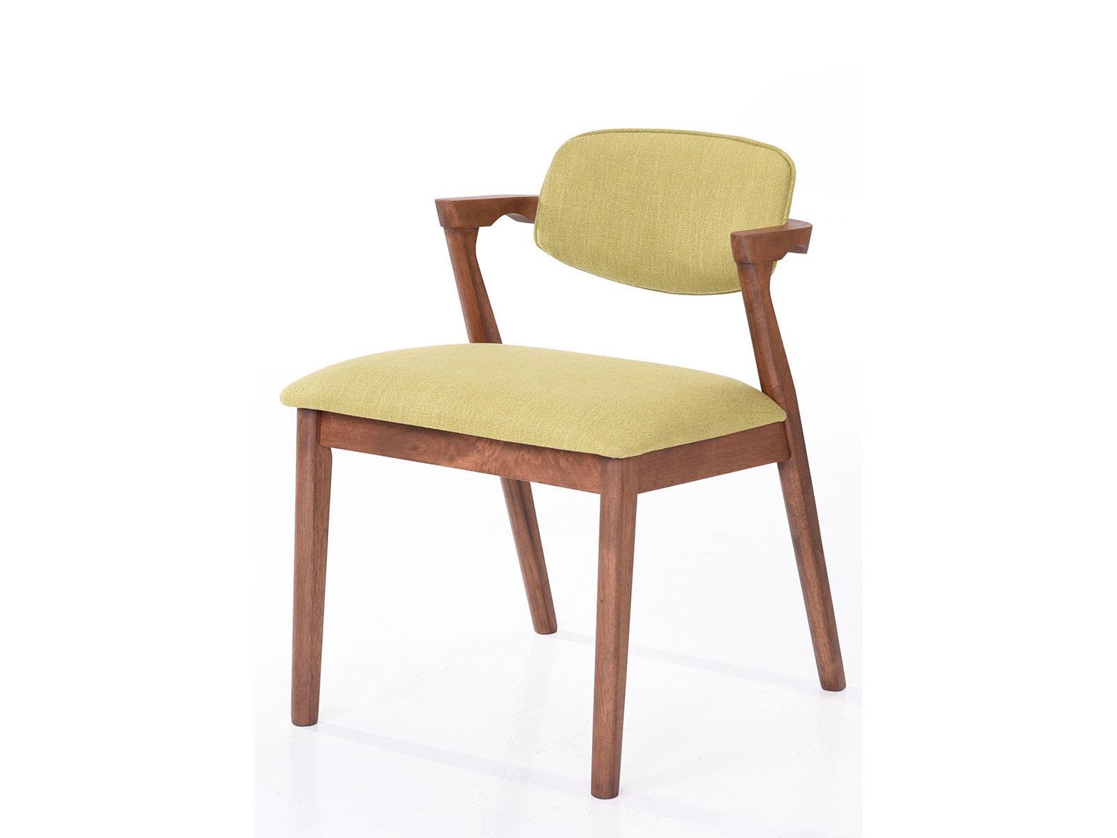 Scaun tapitat cu stofa water resistant, cu picioare din lemn Ivonne Verde, l59xA45xH79,5 cm