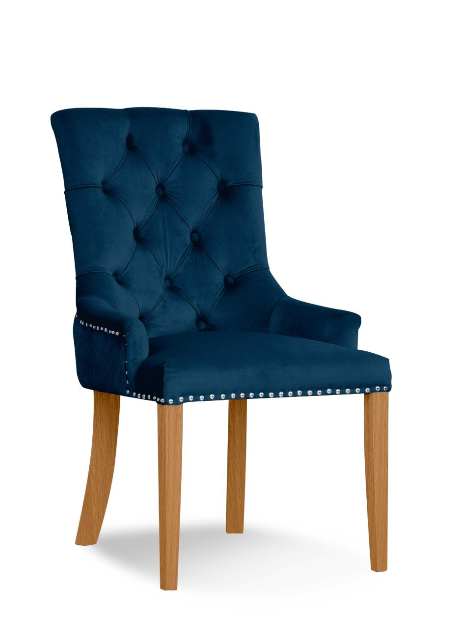 Scaun tapitat cu stofa si picioare din lemn August Velvet Bleumarin / Stejar, l59xA70xH96 cm somproduct.ro