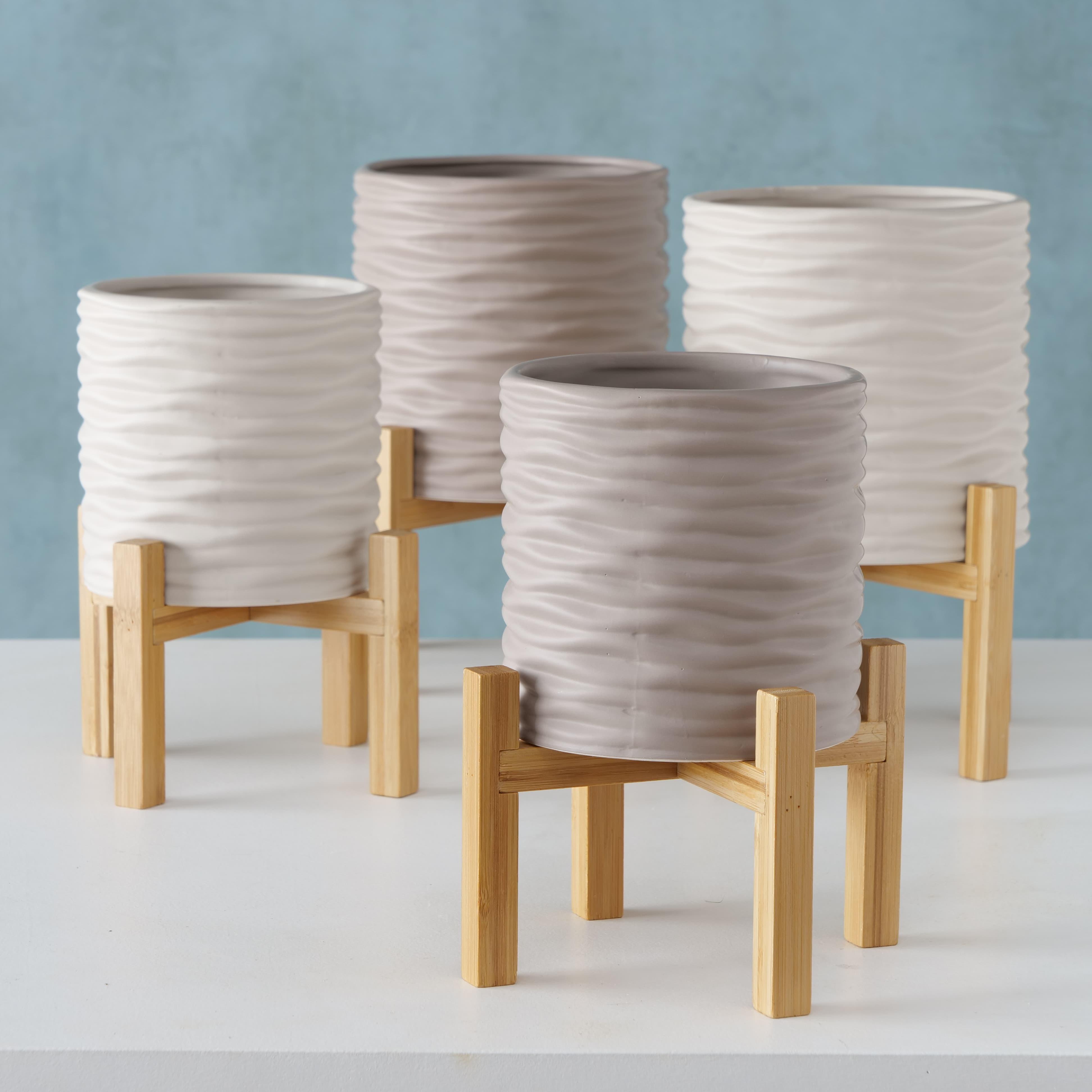 Set 2 ghivece din ceramica cu suport Iver Grej / Gri deschis, Modele Asortate, Ø22xH30 cm / Ø18xH25 cm