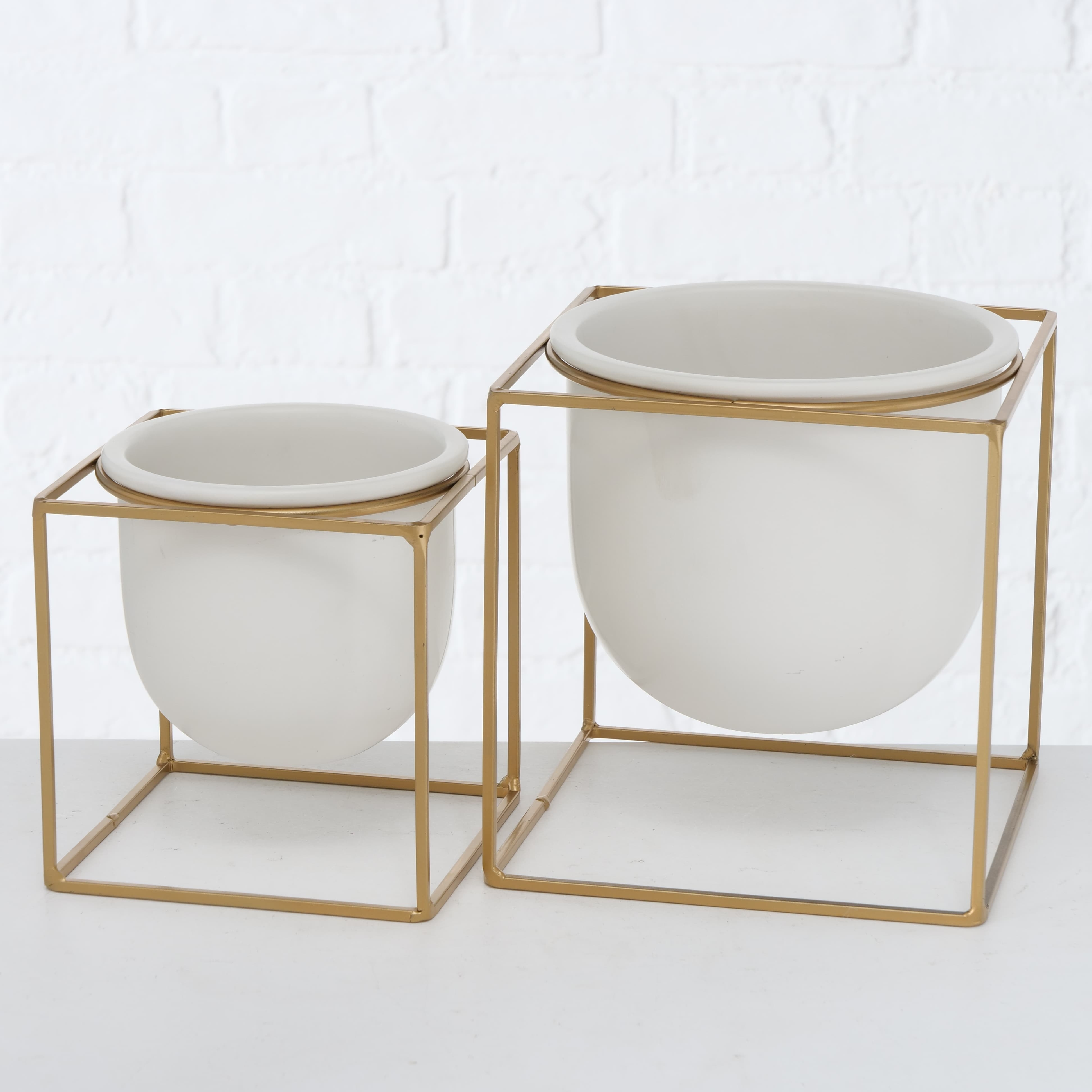 Set 2 ghivece din ceramica cu suport metalic Kumbo Alb / Auriu, L20xl20xH21 cm / L16xl16xH17 cm