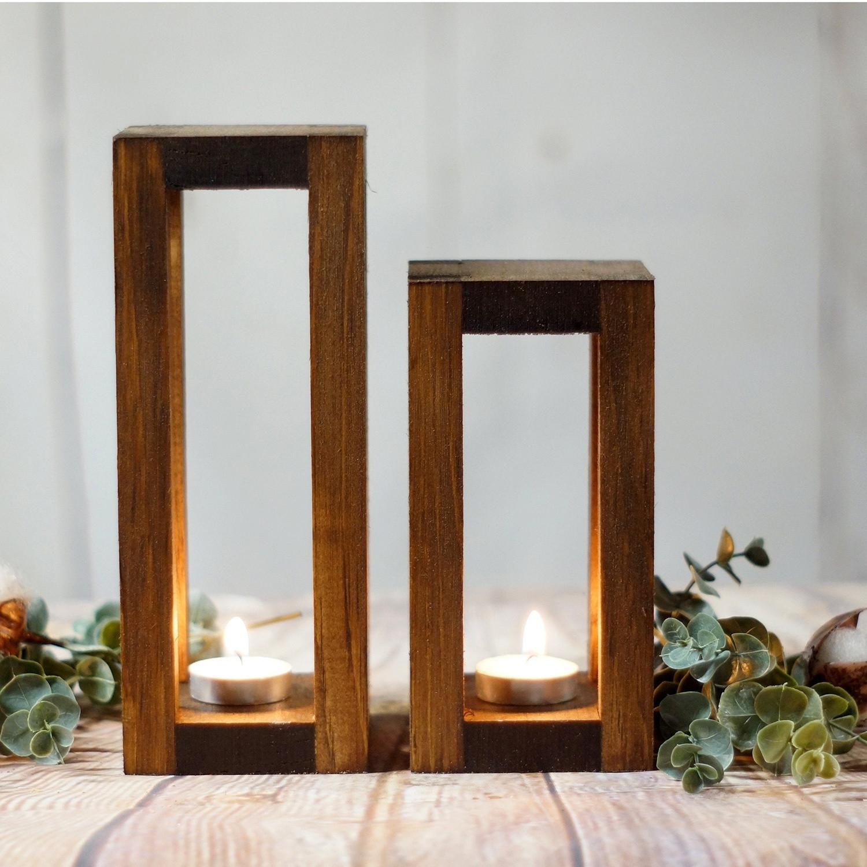 Set 2 Suporturi lumanare din lemn Merry 108, l9xA9xH22 / l9xA9xH18 cm