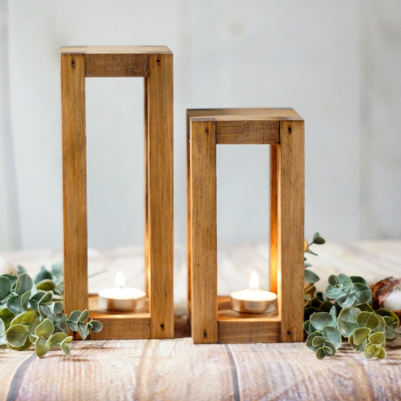 Set 2 Suporturi lumanare din lemn Merry 109, l9xA9xH22 / l9xA9xH18 cm imagine
