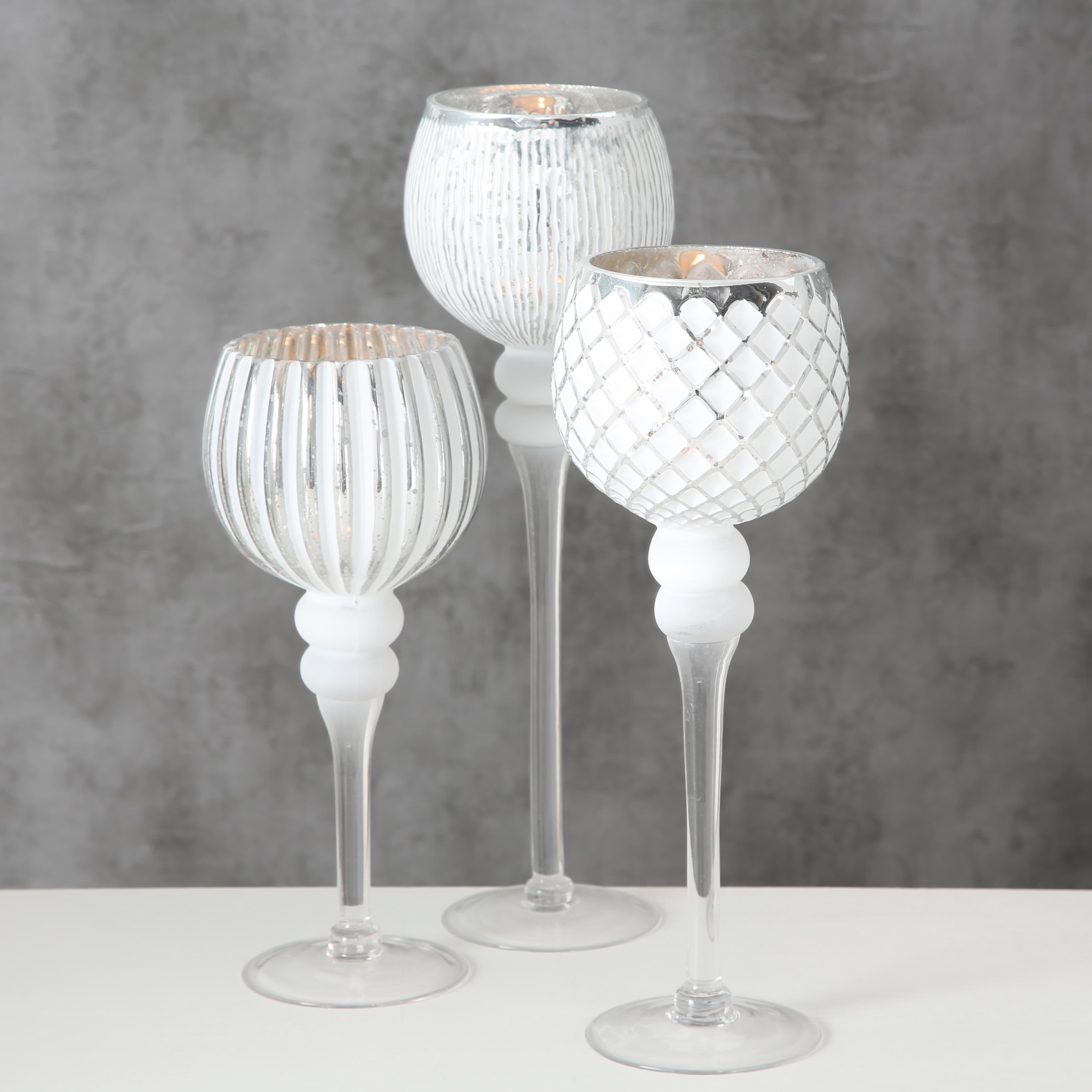 Set 3 suporturi din sticla pentru lumanari Manou Alb / Argintiu, Ø12xH30 cm / Ø12xH35 cm / Ø12xH40 cm
