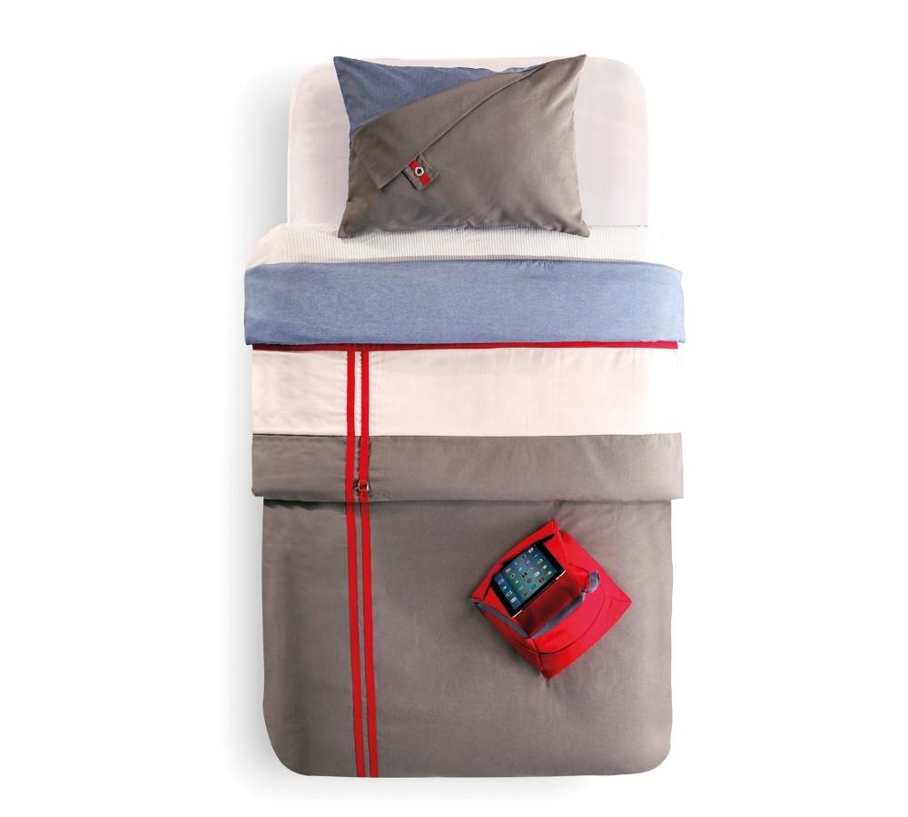 Set cuvertura reversibila pat copii si 1 suport textil pentru gadgeturi Trio Multicolor imagine