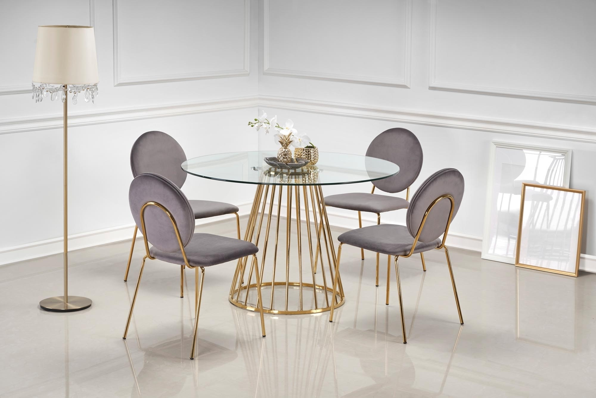 Set masa din sticla si metal Liverpool Transparent / Auriu + 4 scaune tapitate cu stofa K363 Gri / Auriu, Ø120xH75 cm