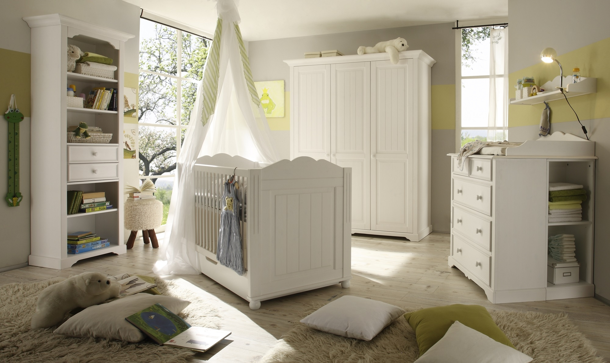 Set Mobila din lemn de pin si pal, pentru camera bebe, 6 piese Pallas Junior Alb, 140 x 70 cm imagine