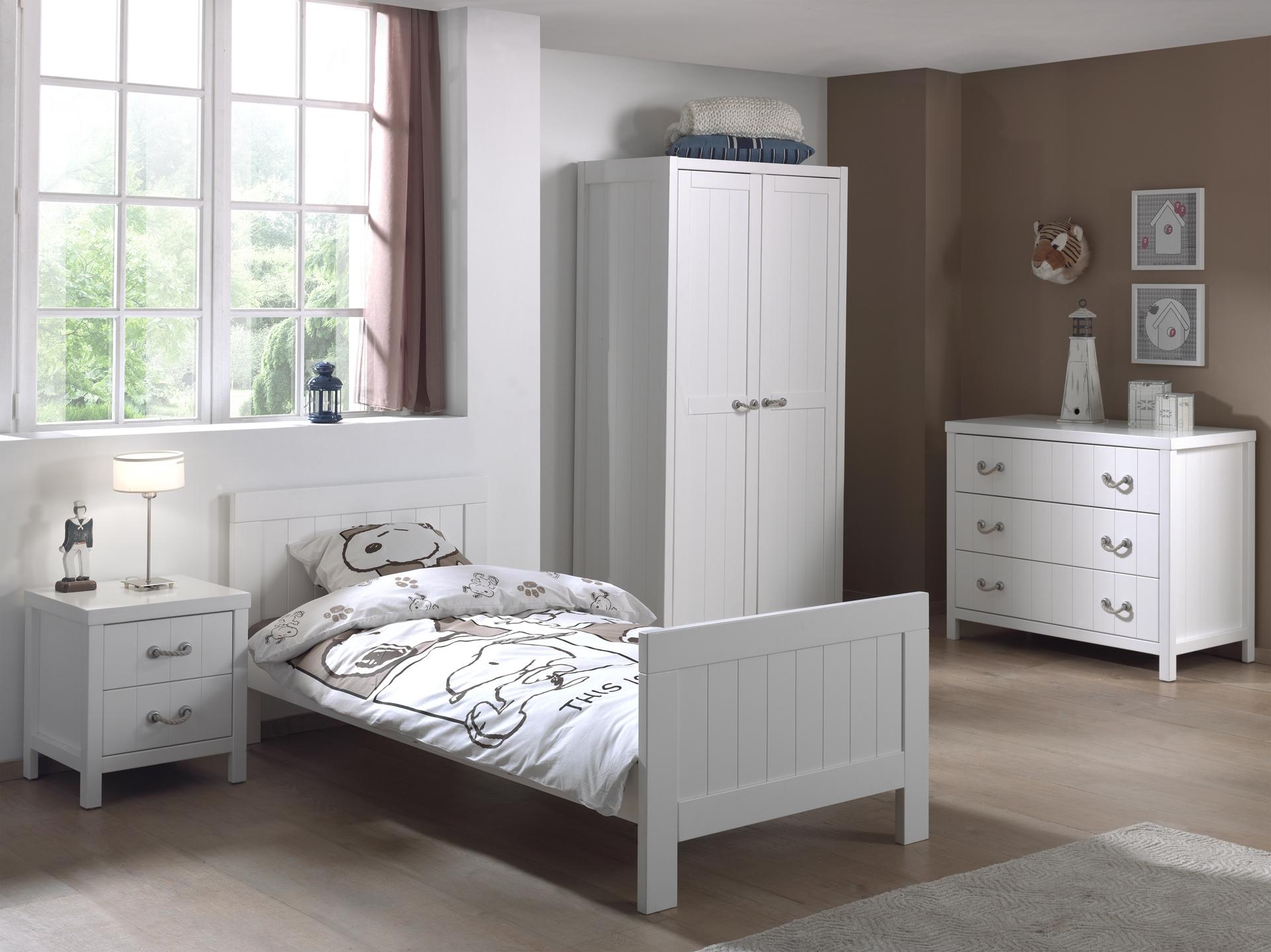 Set Mobila dormitor din lemn de pin si MDF, pentru copii 4 piese Lewis II Alb, 200 x 90 cm poza