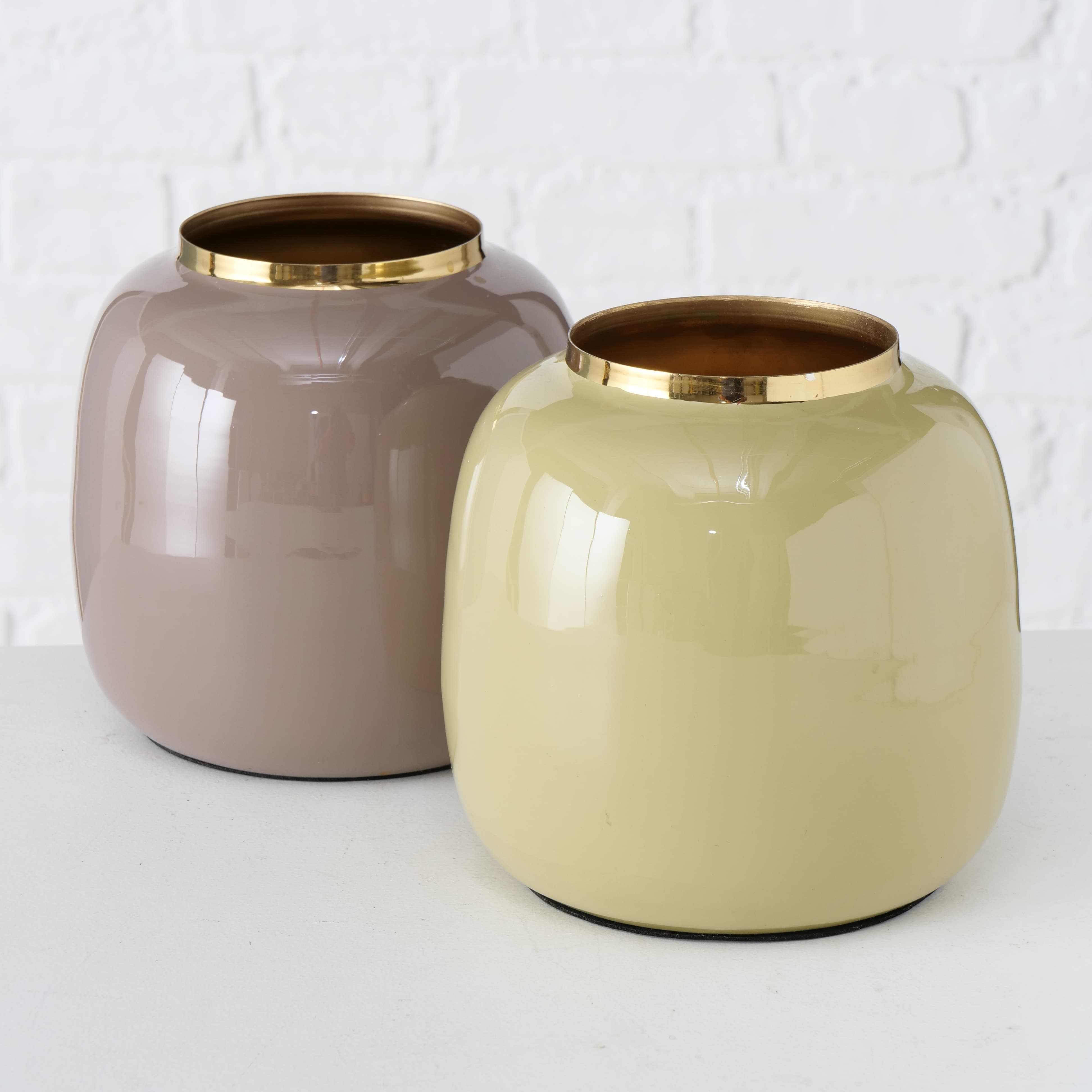 Vaza decorativa din metal Chiares Multicolor, Modele Asortate, Ø16xH17 cm poza